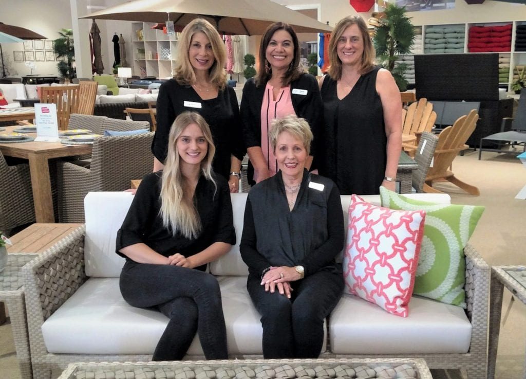 Agoura Hills furniture employees